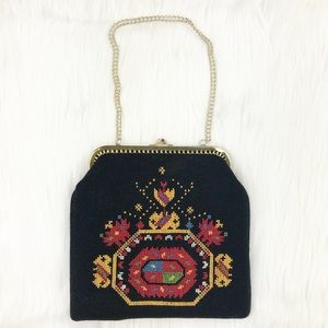 Handbags - Vintage Embroidered Hand Bag